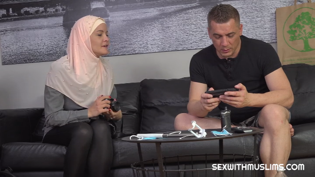 Dolly Diore SexWithMuslims